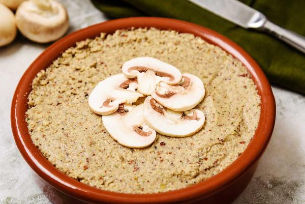 Vegan Mushroom & Almond Pâté, amazing flavours!