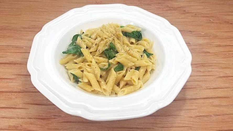 Low Sodium Alfredo Pasta with Garlic & Spinach