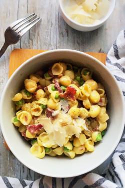 Pasta Carbonara with Peas