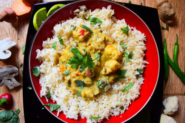 Thai Vegetable Curry with Rice